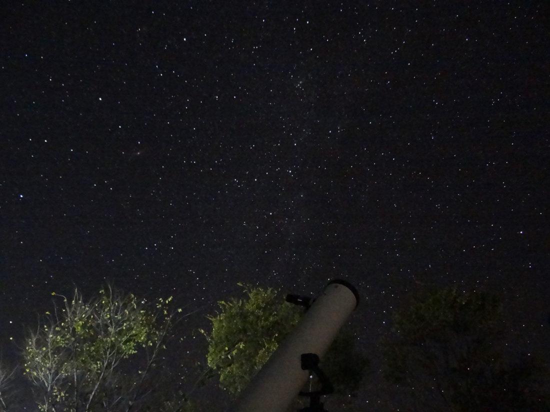 bir-night-sky-zostel